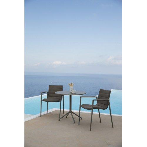 Fotel ogrodowy CORE 8434SFTB firmy Cane-line
