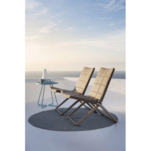 Składane krzesło ogrodowe TRAVELLER 8432SFTB firmy Cane-line